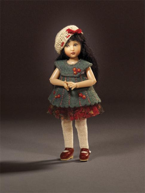 http://www.magmaheritage.com/2012%20HelenKish/Cosette1large.jpg
