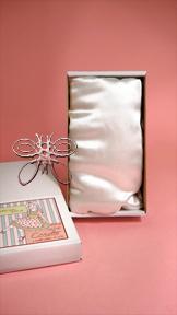 http://www.magmaheritage.com/2012%20HelenKish/Cosette2012/cosette2med.jpg