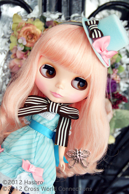 http://www.magmaheritage.com/Blythe/CocoCollette/coco-collette2.jpg