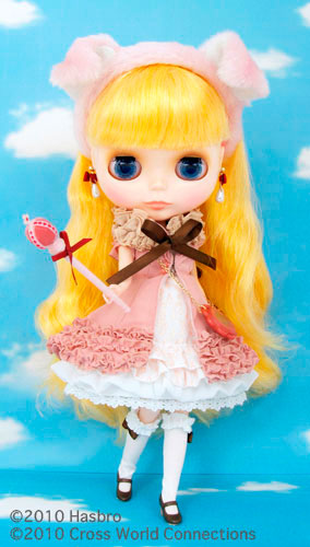 http://www.magmaheritage.com/Blythe/MarabelleMelody/MarabelleMelody2.jpg