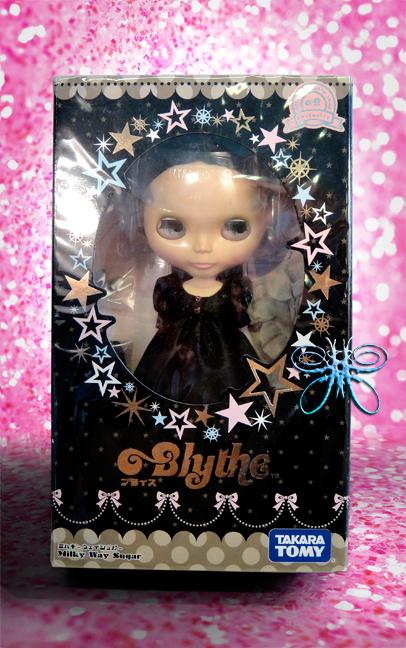 http://www.magmaheritage.com/Blythe/Milkywaysugar/MilkyWaysugarinboxlarge.jpg
