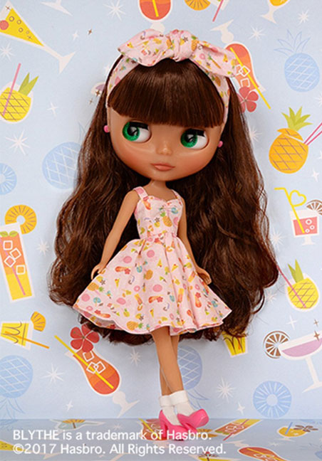 http://www.magmaheritage.com/Blythe/PineapplePrincess/pineappleprincess5.jpg