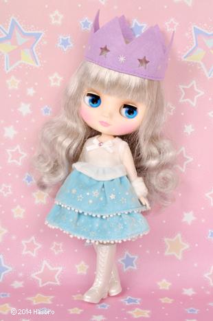 http://www.magmaheritage.com/Blythe/Twinkle%20Princess/twinkleprincess2.jpg