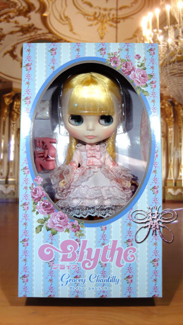 http://www.magmaheritage.com/Blythe/graceychantilly/Graceychantillyactualboxlarge.jpg