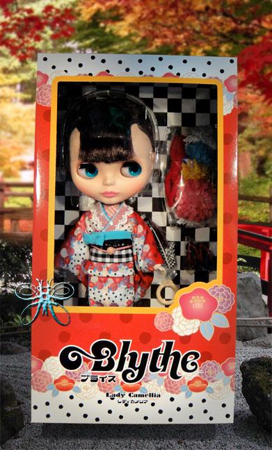 http://www.magmaheritage.com/Blythe/ladycamillia/ladycamelliainboxlarge.jpg