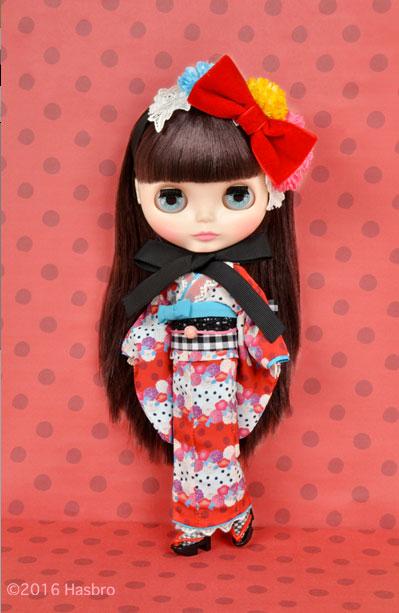 http://www.magmaheritage.com/Blythe/ladycamillia/ladycamillia1.jpg