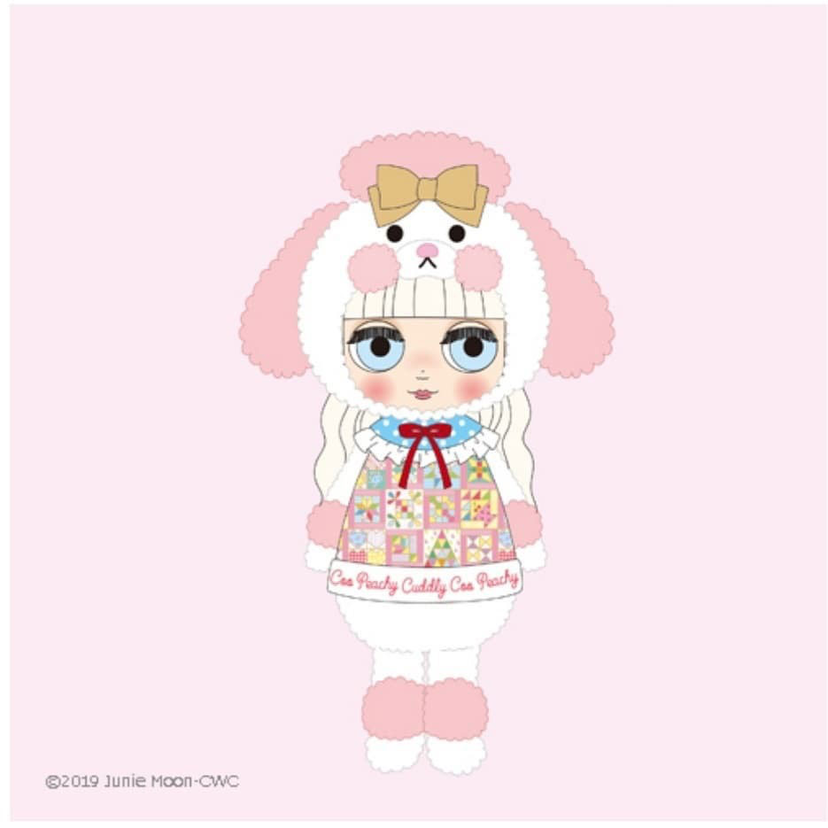 http://www.magmaheritage.com/Blythe/peachycuddlycoo/peachycuddlycoo1.jpg