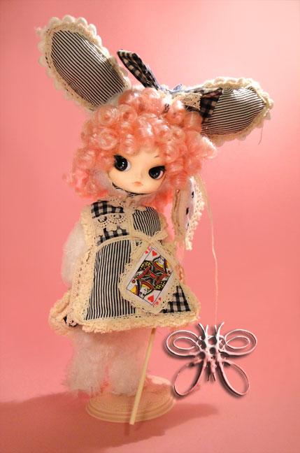https://www.magmaheritage.com/romanticwhiterabbit/romanticwhiterabbit2large.jpg
